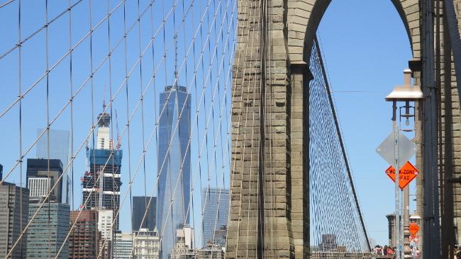 Instant cliché: vue de Manhattan depuis le pont de Brooklyn – CC BY-NC-SA 4.0